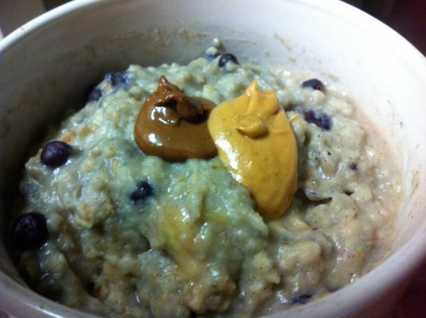 Banana blueberry proats (peanut flour base not whey)