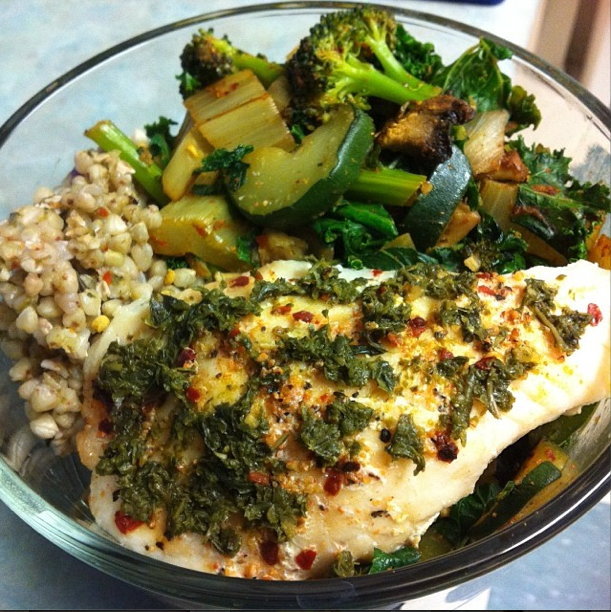 Baked fish (basa) + buckwheat (cooked in water) + veggies