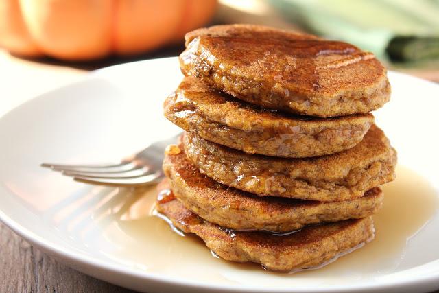 paleo pumpkin pancakes made with almond flour
