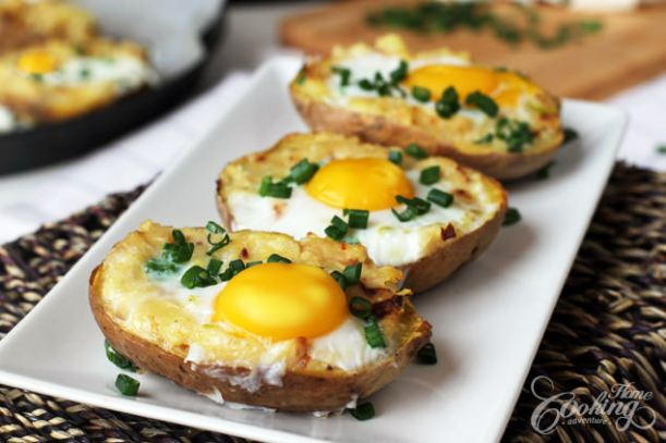 twice-baked-potato-with-egg-on-top.jpg