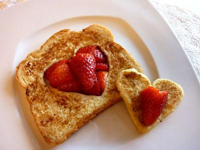 french-toast-hearts_0.jpg