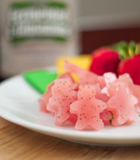 Strawberry-Orange-Gummies-2.jpg